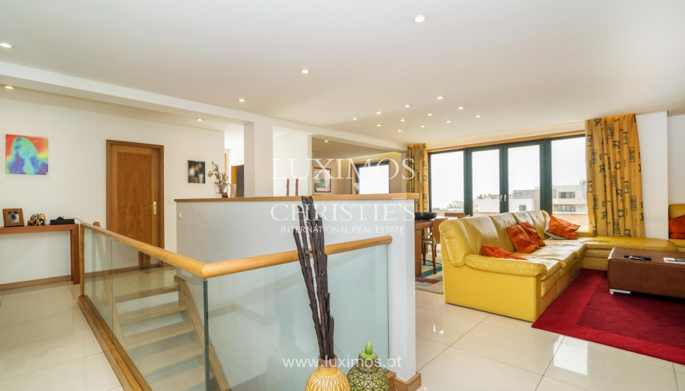 Penthouse, close to the beach, ocean views, Mindelo, Portugal_45178