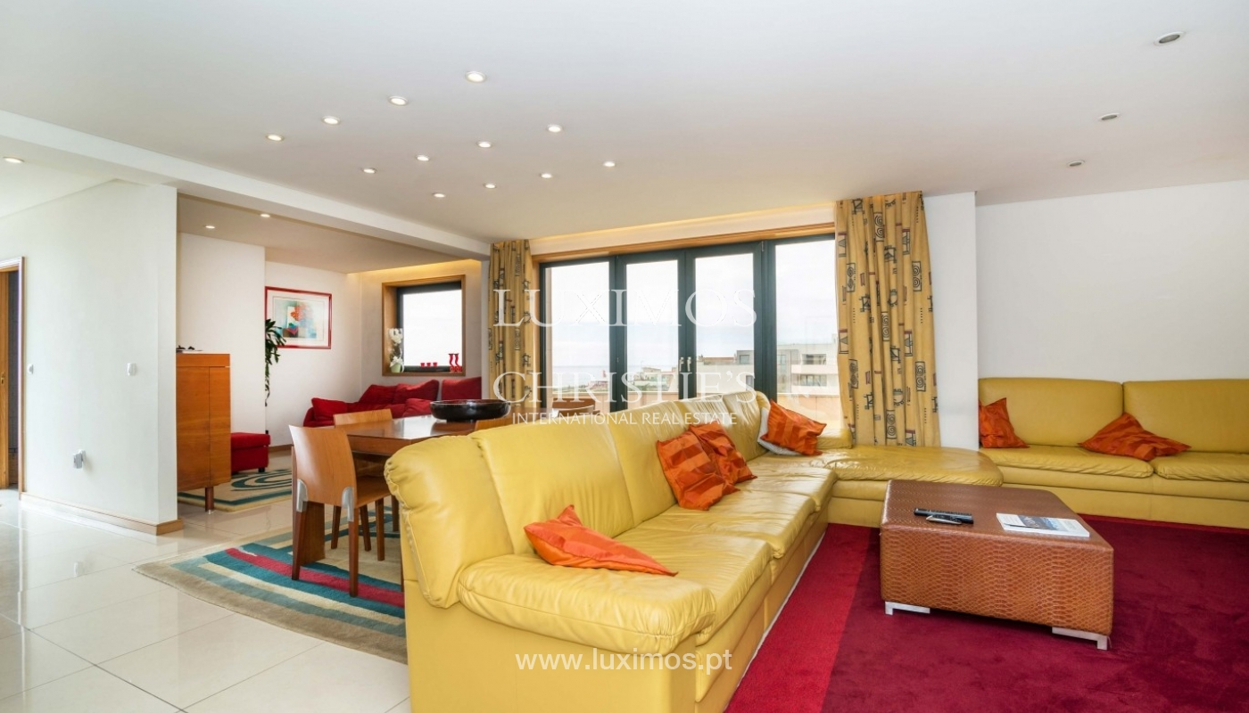 Penthouse, close to the beach, ocean views, Mindelo, Portugal_45179
