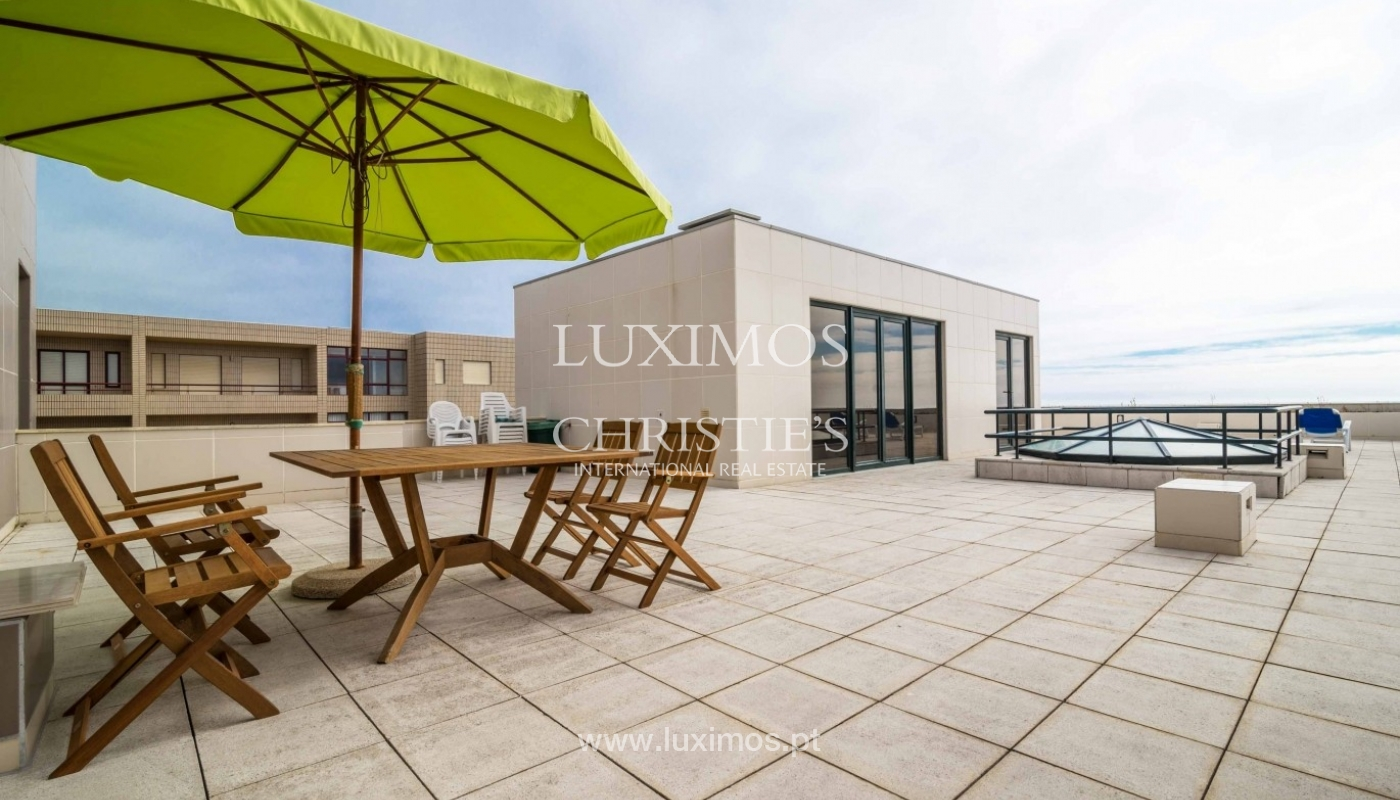 Penthouse, close to the beach, ocean views, Mindelo, Portugal_45184