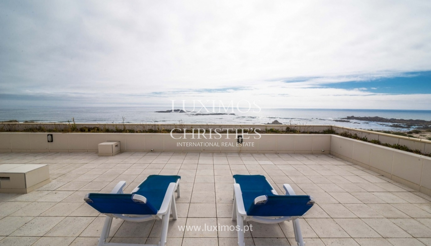 Penthouse, close to the beach, ocean views, Mindelo, Portugal_45187