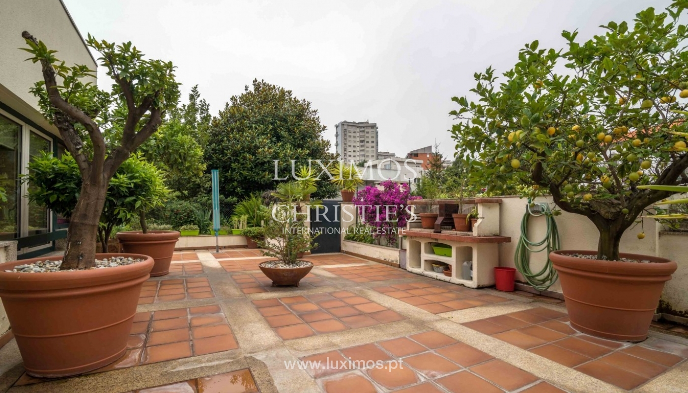 Sale: floor of luxury villa, river view, Lordelo Ouro, Porto, Portugal_47036