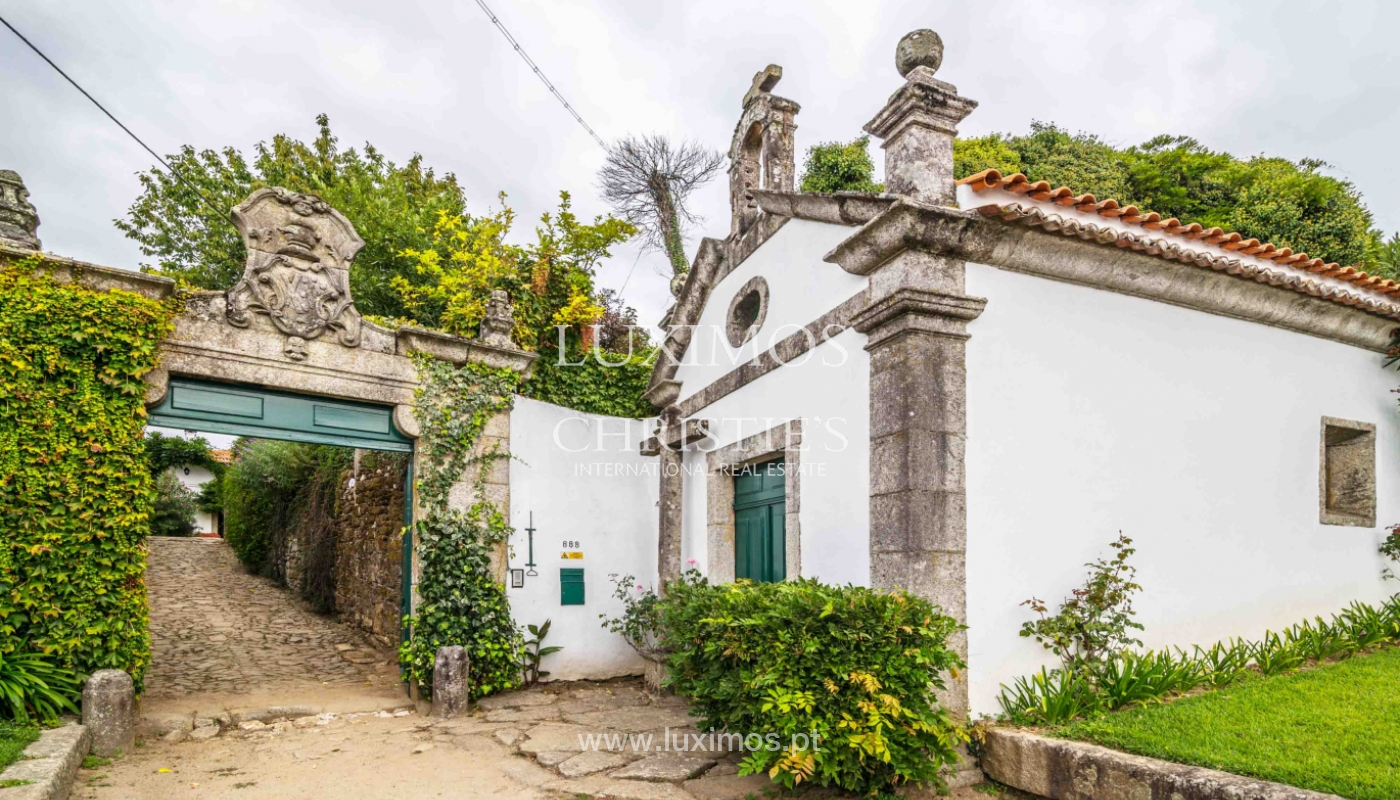 Manor house from XVII century w/ great garden, Fânzeres, Porto, Portugal_47934