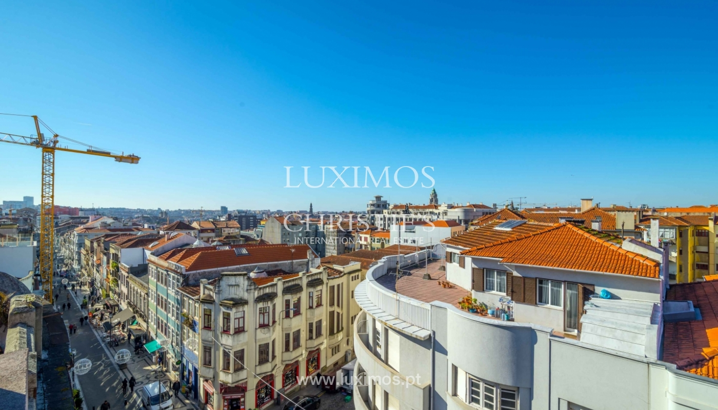 Sale of apartment with terrace in downtown Porto_51438
