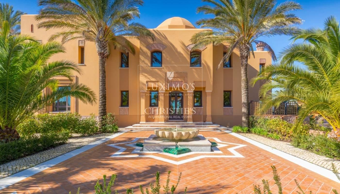Venda de moradia mourisca com piscina e jardins, Albufeira, Algarve_52405