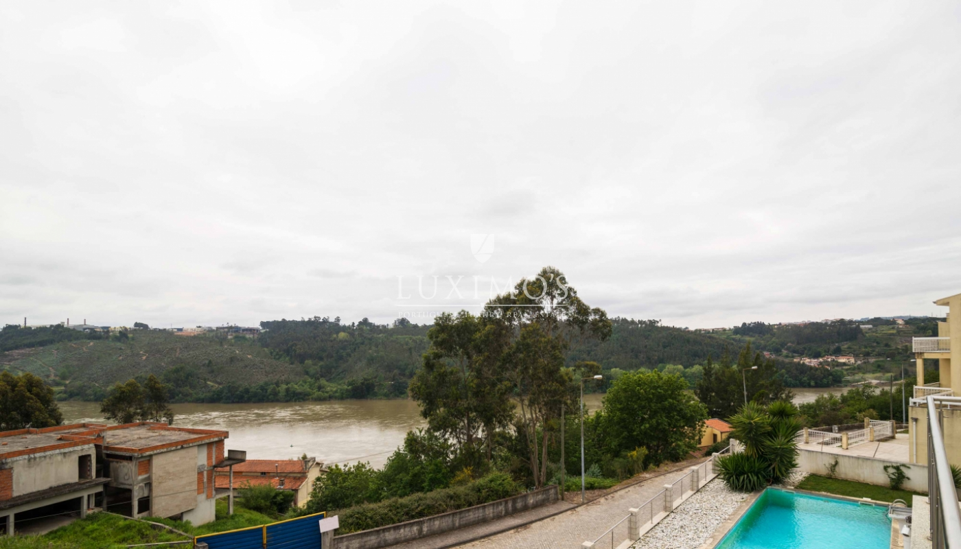 Sale modern and luxury villa w/ pool and river views, Porto, Portugal_53118