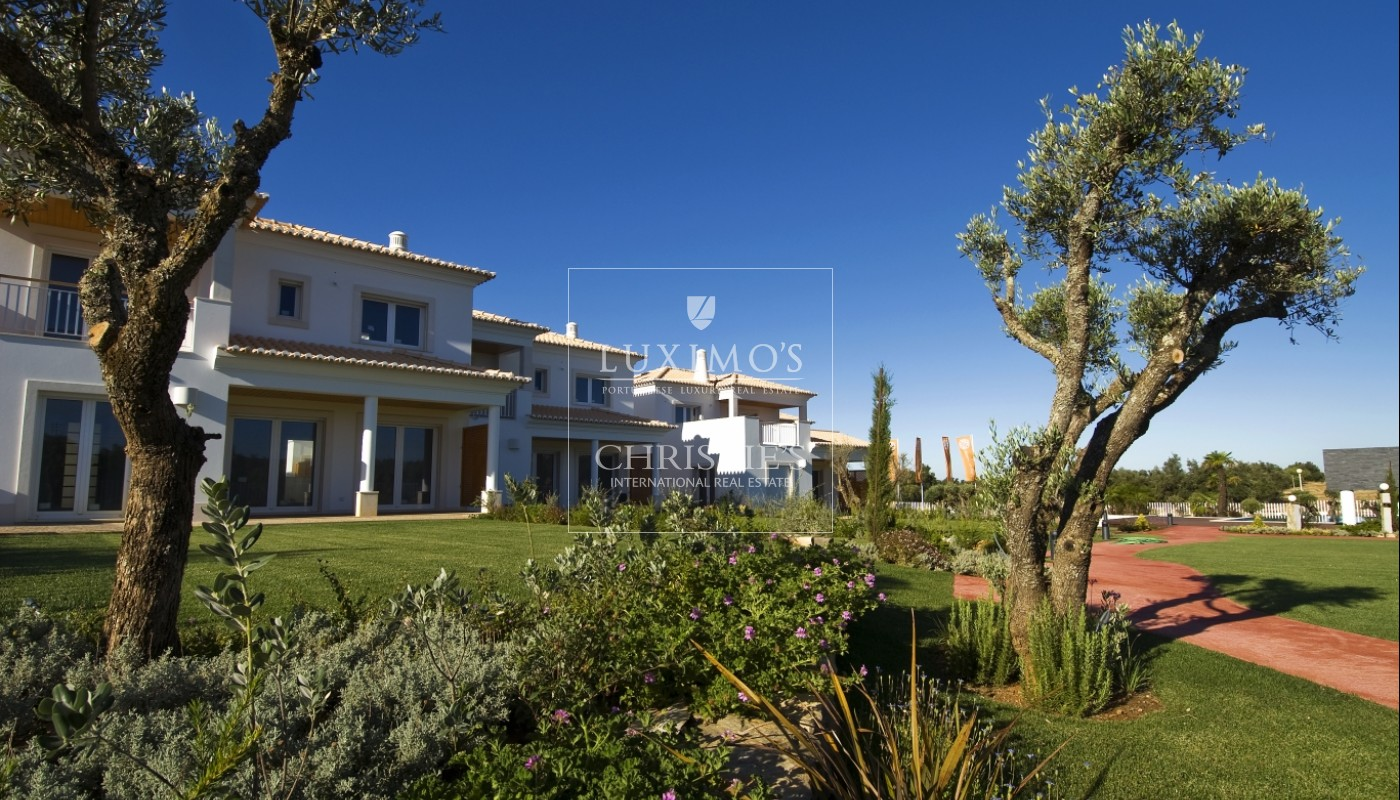 New property for sale with pool, by Vilamoura golf, Algarve, Portugal_54252