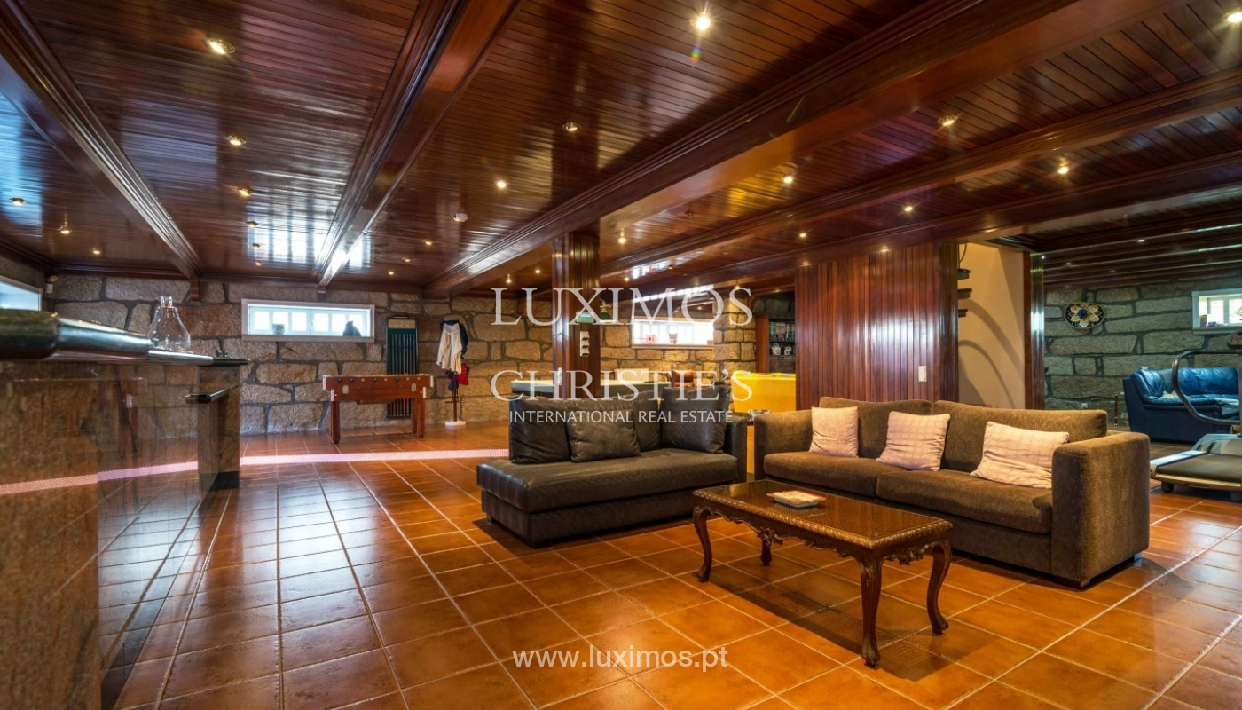 Luxury villa for sale with swimming pool and garden, Porto, Portugal_55021