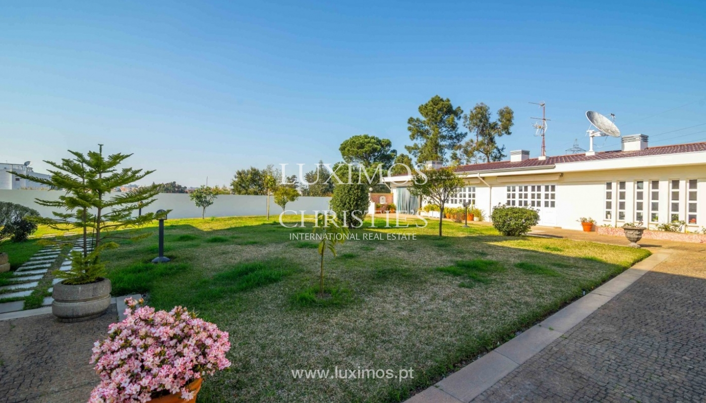 Luxury villa for sale with swimming pool and garden, Porto, Portugal_55027