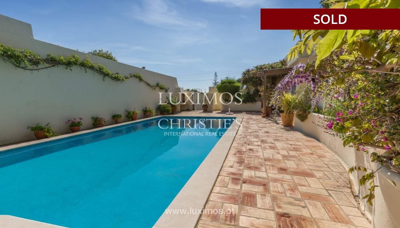 Freistehende villa zum Verkauf, pool, Garten und Tennisplatz, Quarteira, Algarve, Portugal_56639