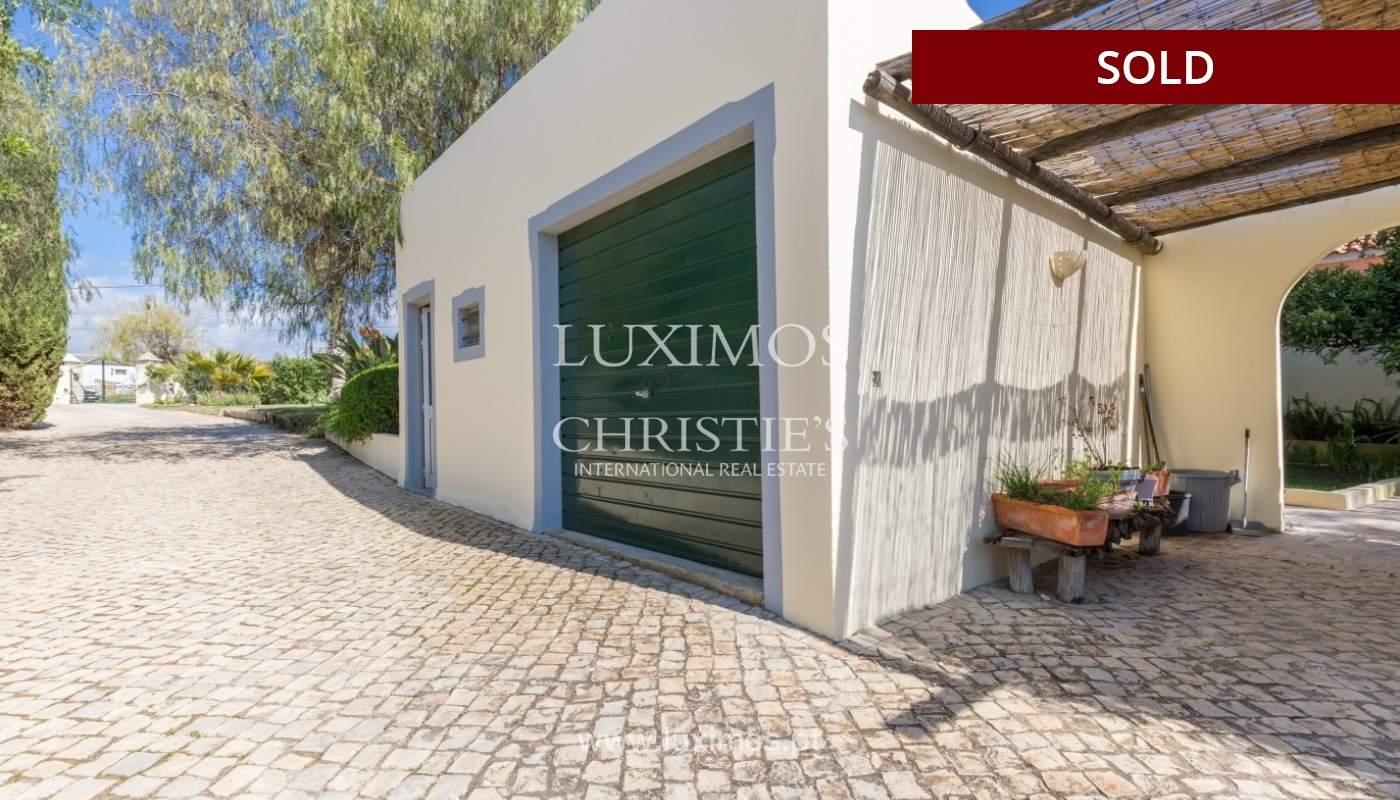 Freistehende villa zum Verkauf, pool, Garten und Tennisplatz, Quarteira, Algarve, Portugal_56641