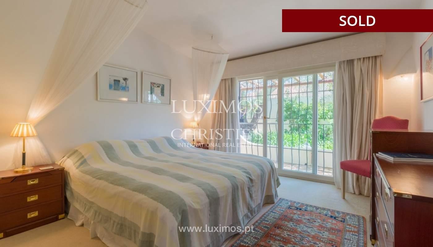 Freistehende villa zum Verkauf, pool, Garten und Tennisplatz, Quarteira, Algarve, Portugal_56642