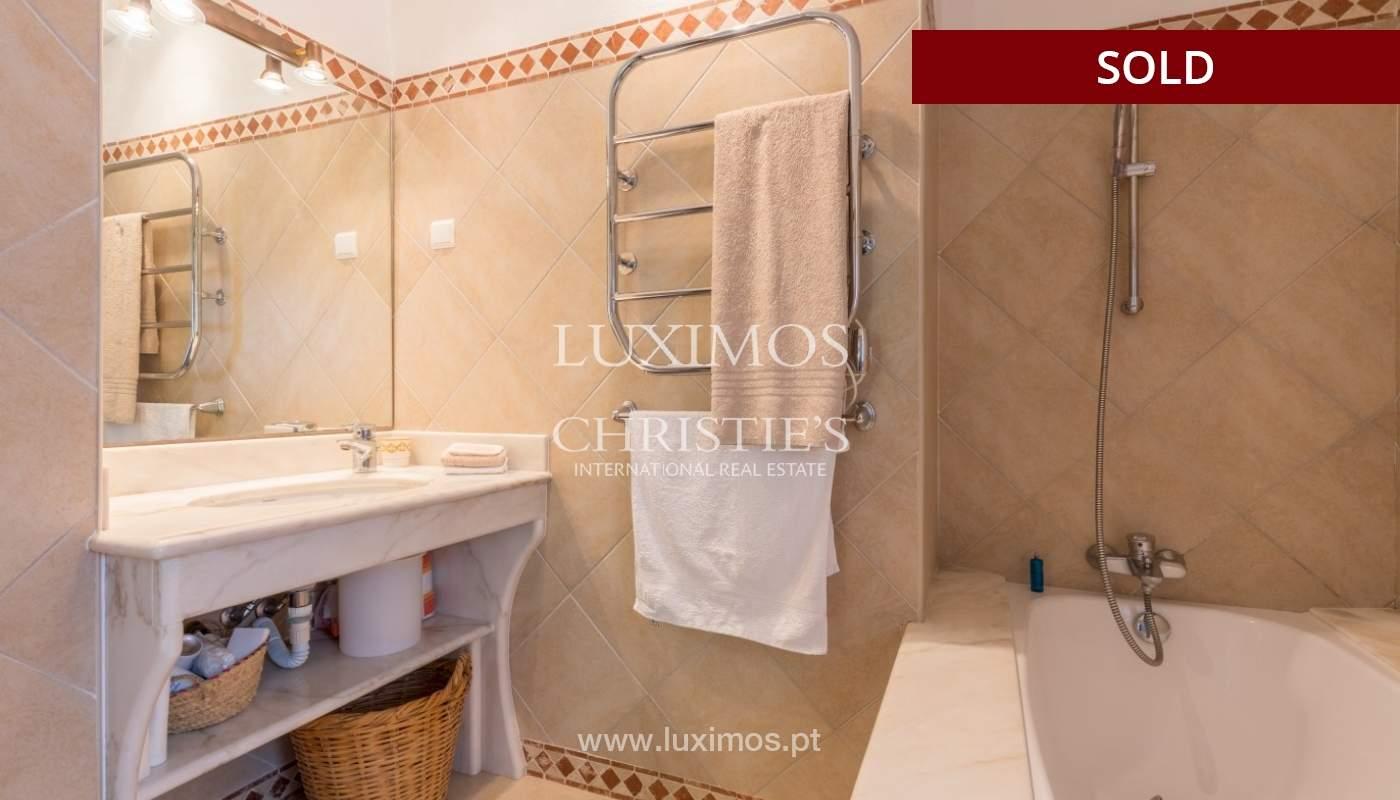 Freistehende villa zum Verkauf, pool, Garten und Tennisplatz, Quarteira, Algarve, Portugal_56643
