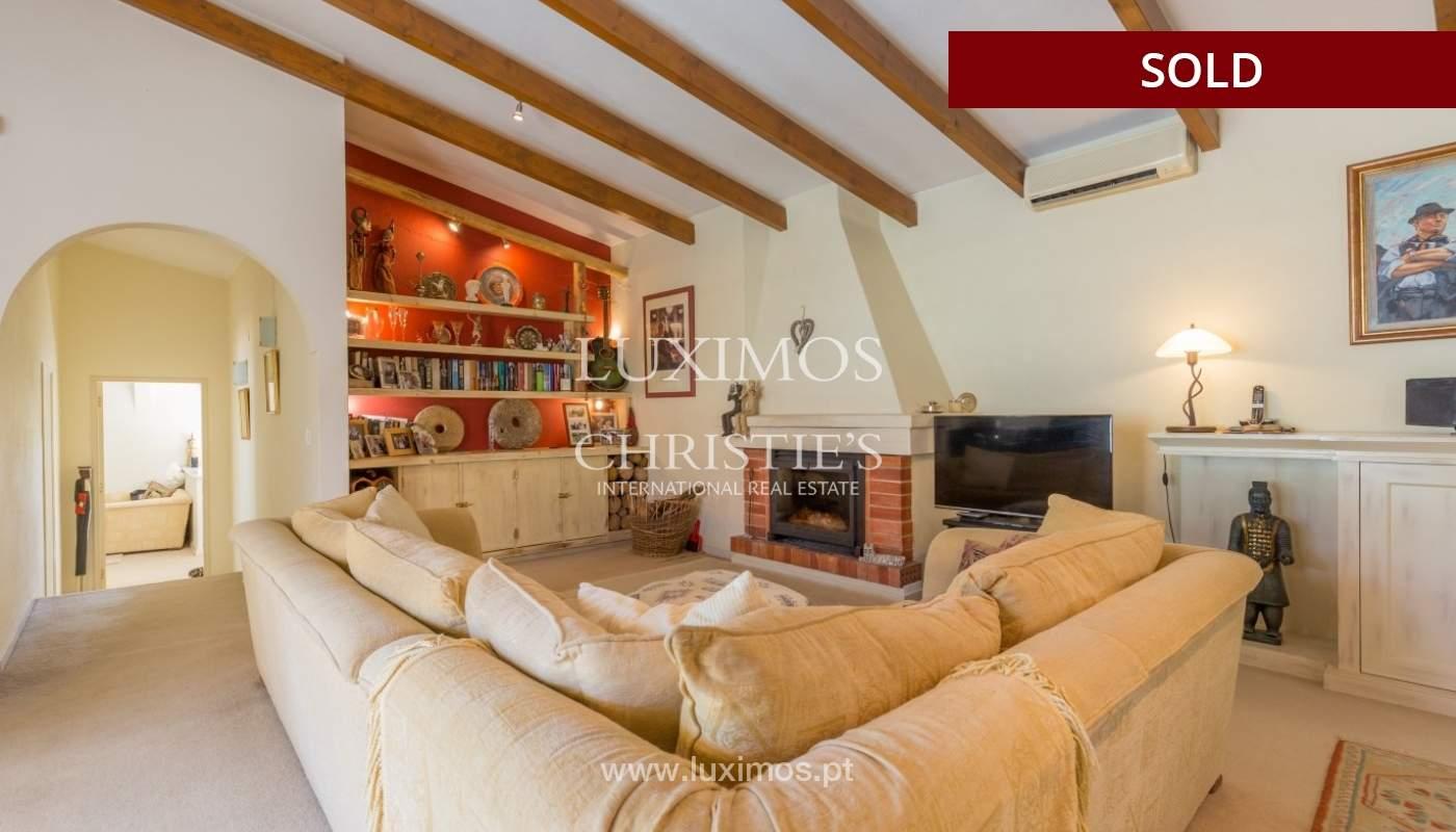 Freistehende villa zum Verkauf, pool, Garten und Tennisplatz, Quarteira, Algarve, Portugal_56646