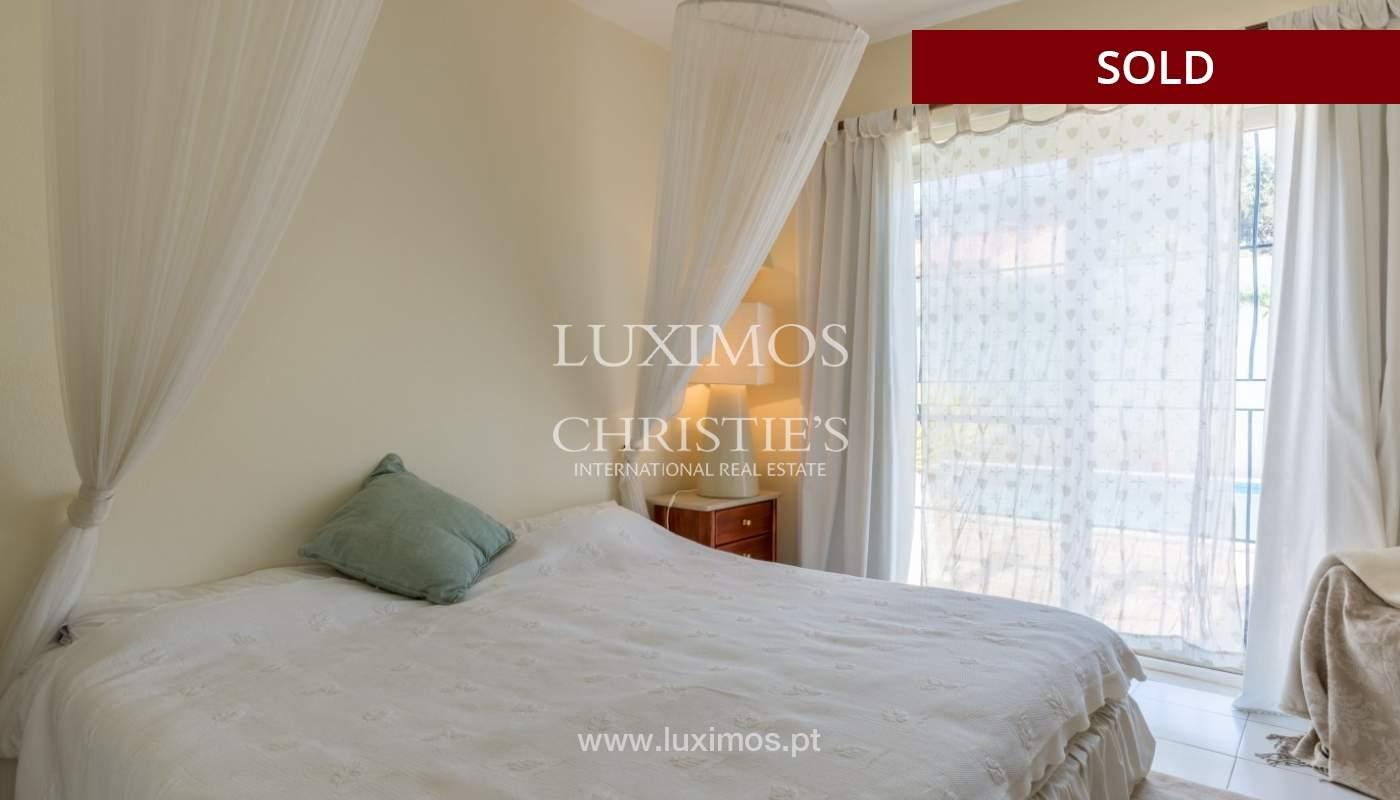 Freistehende villa zum Verkauf, pool, Garten und Tennisplatz, Quarteira, Algarve, Portugal_56648