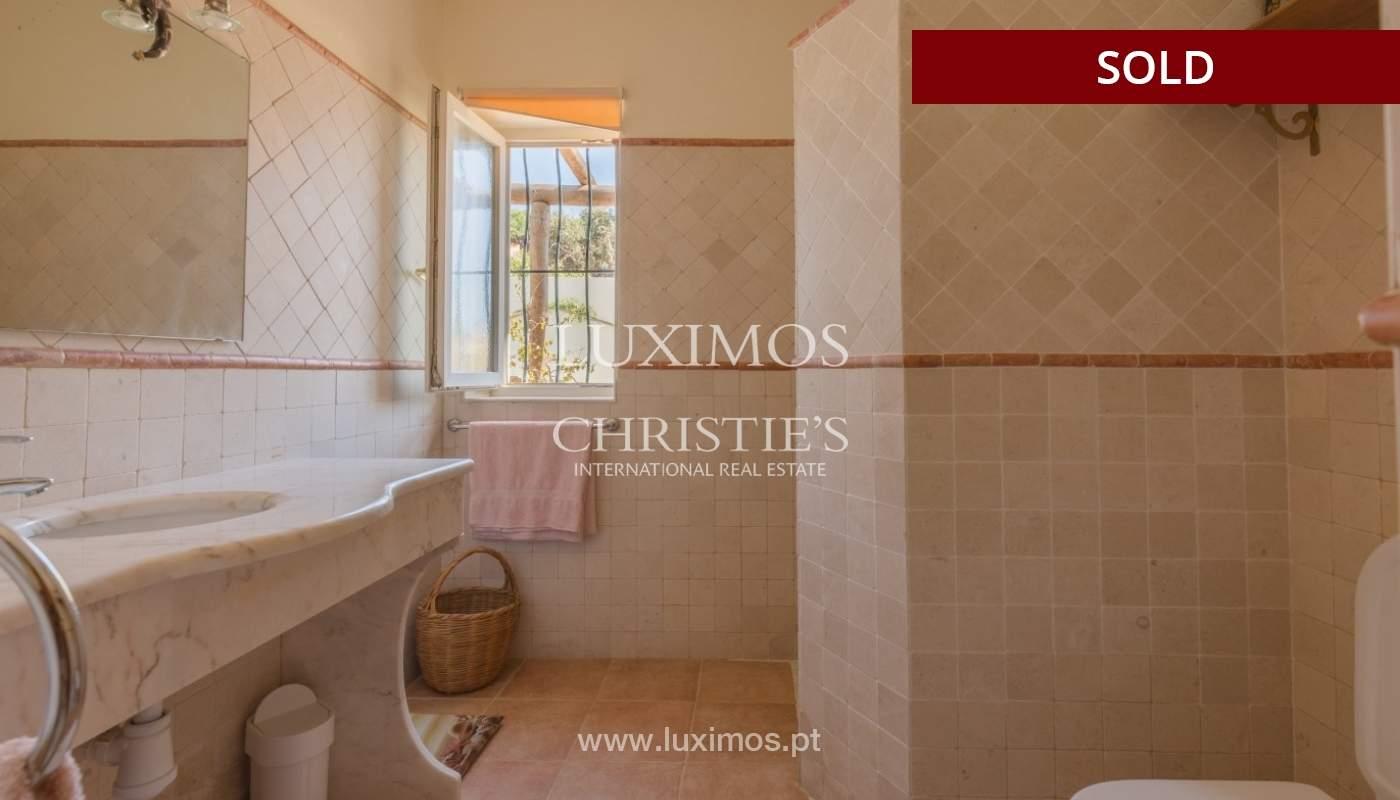 Freistehende villa zum Verkauf, pool, Garten und Tennisplatz, Quarteira, Algarve, Portugal_56649