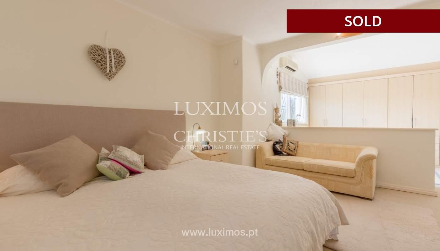 Freistehende villa zum Verkauf, pool, Garten und Tennisplatz, Quarteira, Algarve, Portugal_56651
