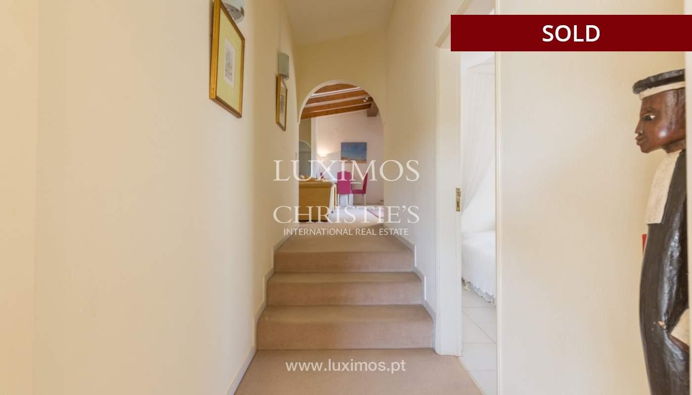 Freistehende villa zum Verkauf, pool, Garten und Tennisplatz, Quarteira, Algarve, Portugal_56653