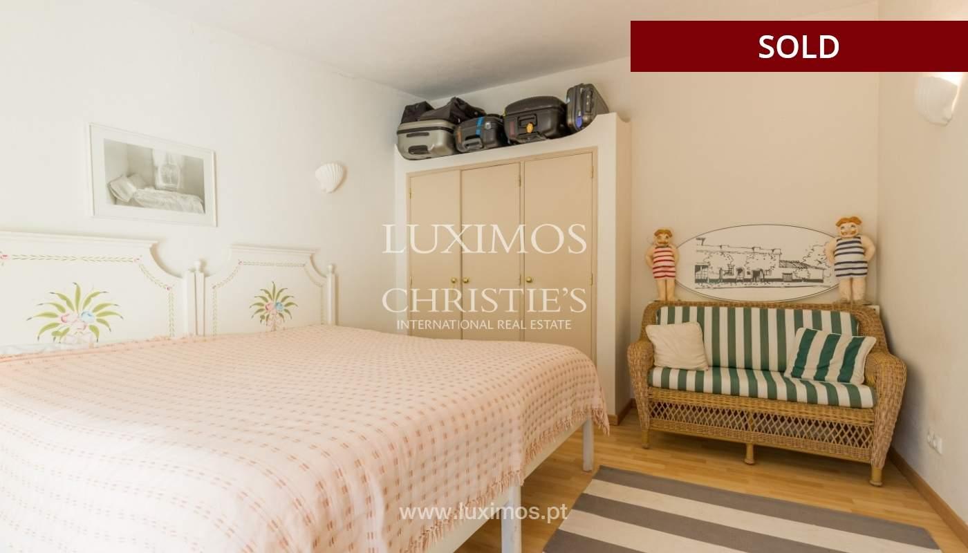 Freistehende villa zum Verkauf, pool, Garten und Tennisplatz, Quarteira, Algarve, Portugal_56655
