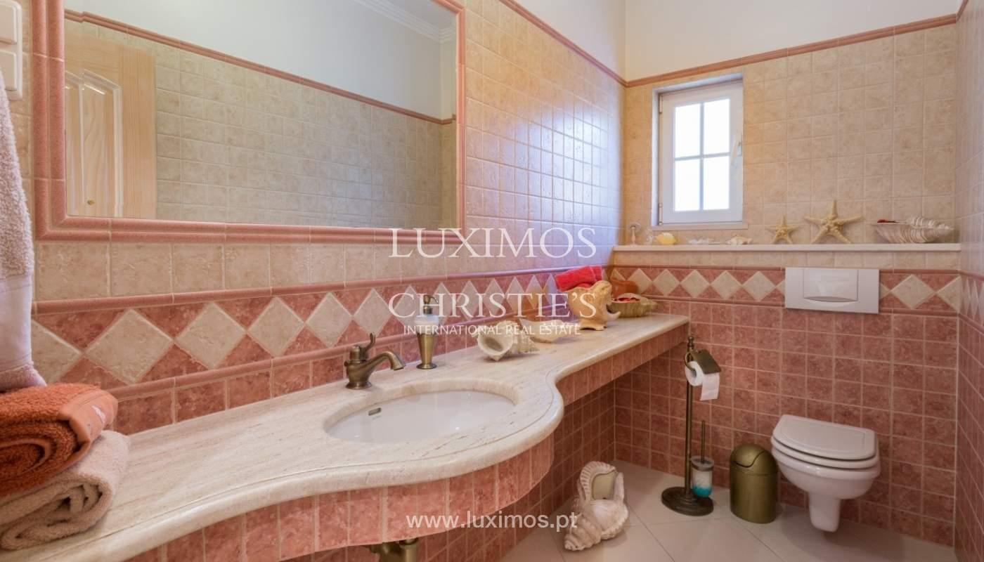 Moradia à venda, piscina e jardim, perto do golfe, Vilamoura, Algarve_56918