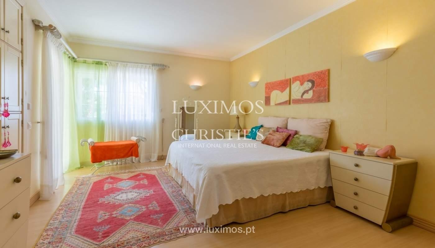 Villa à vendre avec piscine et jardin, Vilamoura, Algarve, Portugal_56921