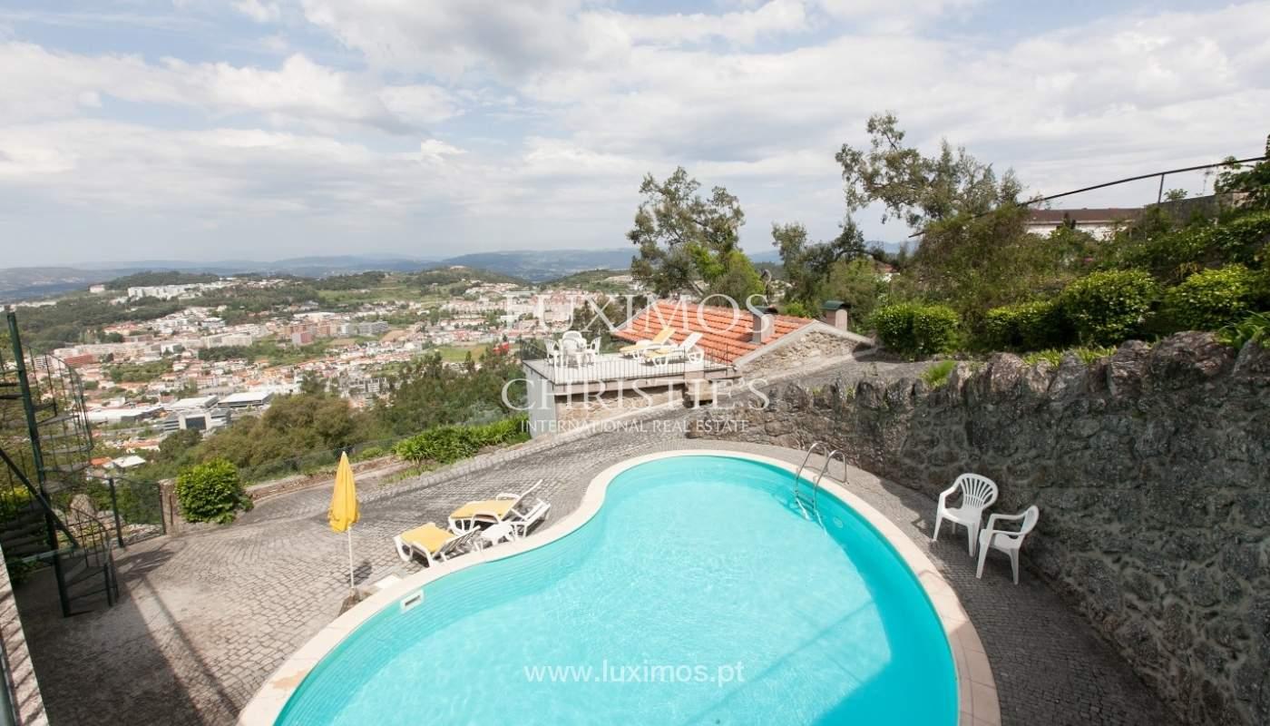 Villa mit Garten, See und Aussicht über Braga, Portugal_57124