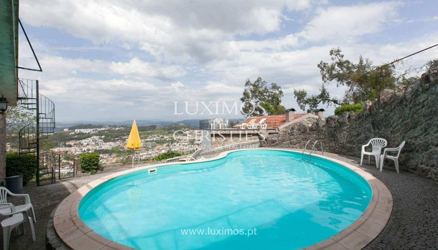 Villa mit Garten, See und Aussicht über Braga, Portugal_57125
