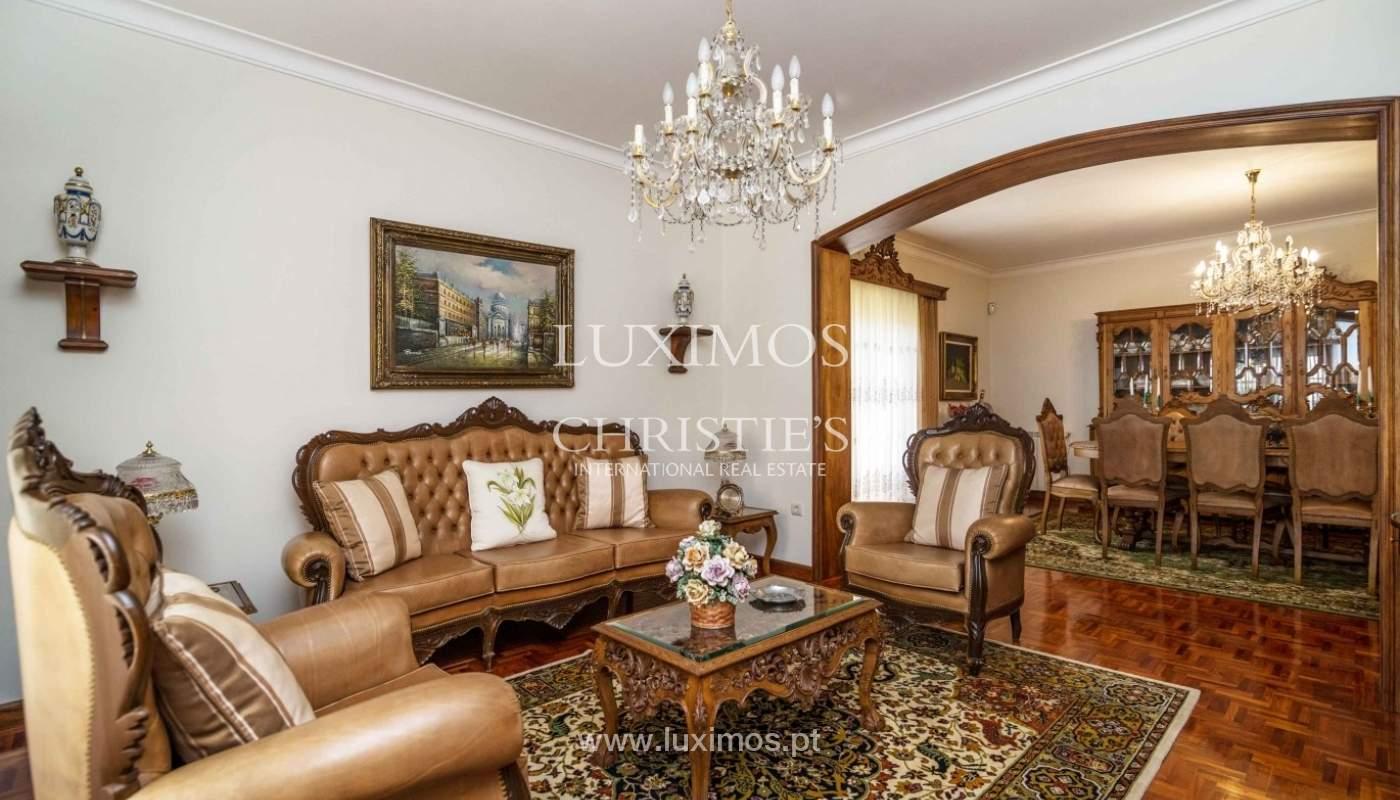 Moradia de 3 pisos, com jardim, Oliveira de Azeméis, Portugal_57186