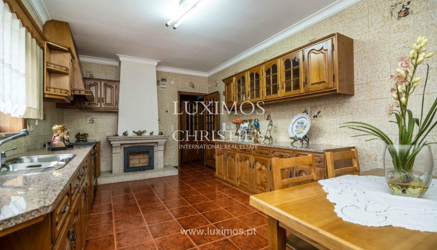 Moradia de 3 pisos, com jardim, Oliveira de Azeméis, Portugal_57187