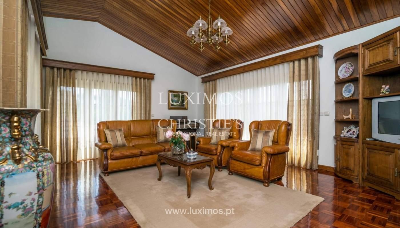 Moradia de 3 pisos, com jardim, Oliveira de Azeméis, Portugal_57189