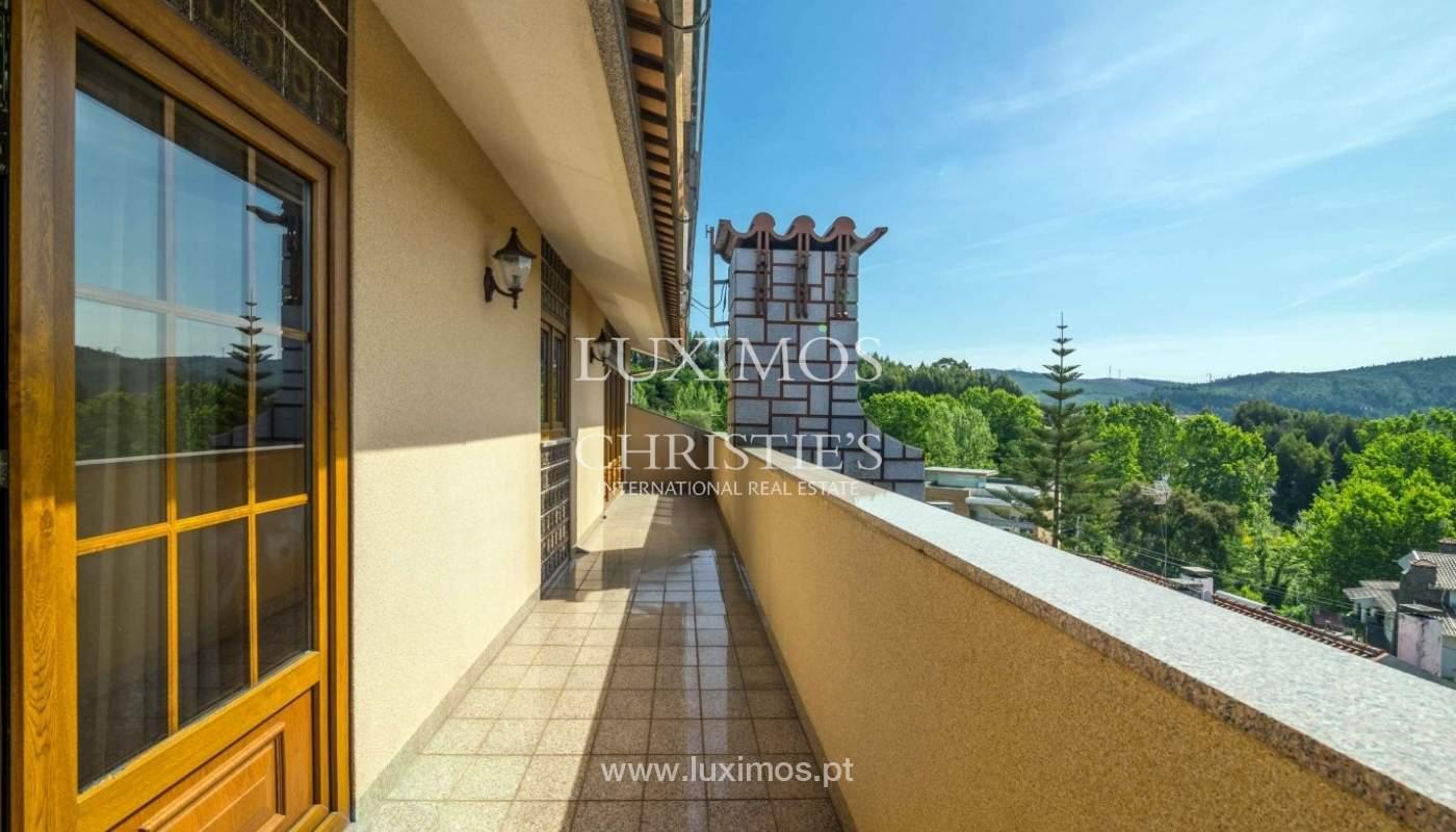Moradia de 3 pisos, com jardim, Oliveira de Azeméis, Portugal_57193