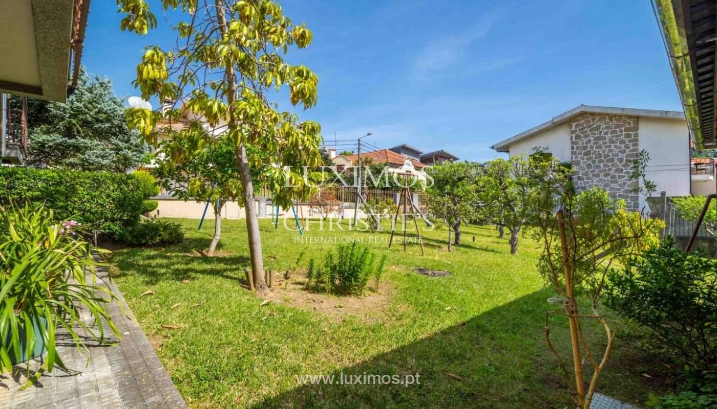 Moradia de 3 pisos, com jardim, Oliveira de Azeméis, Portugal_57200