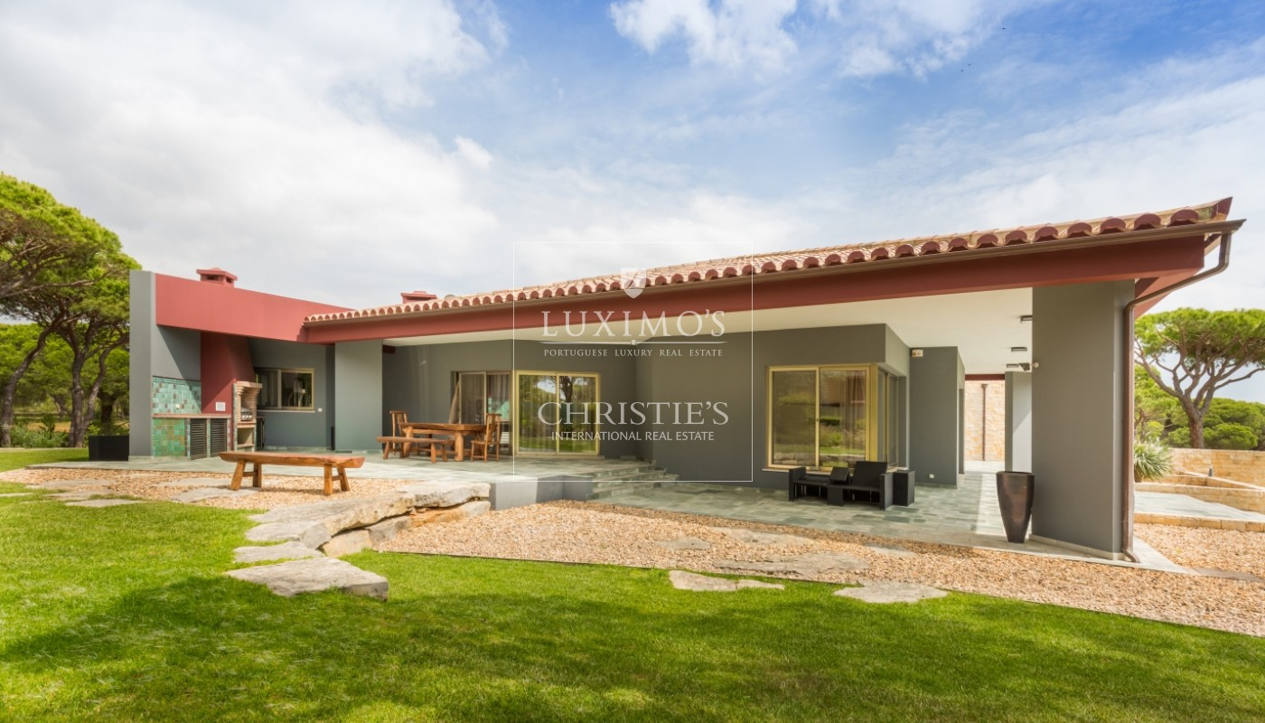 Detached villa for sale with swimming pool and garden, Pinhal Velho, Vilamoura, Algarve, Portugal_57848