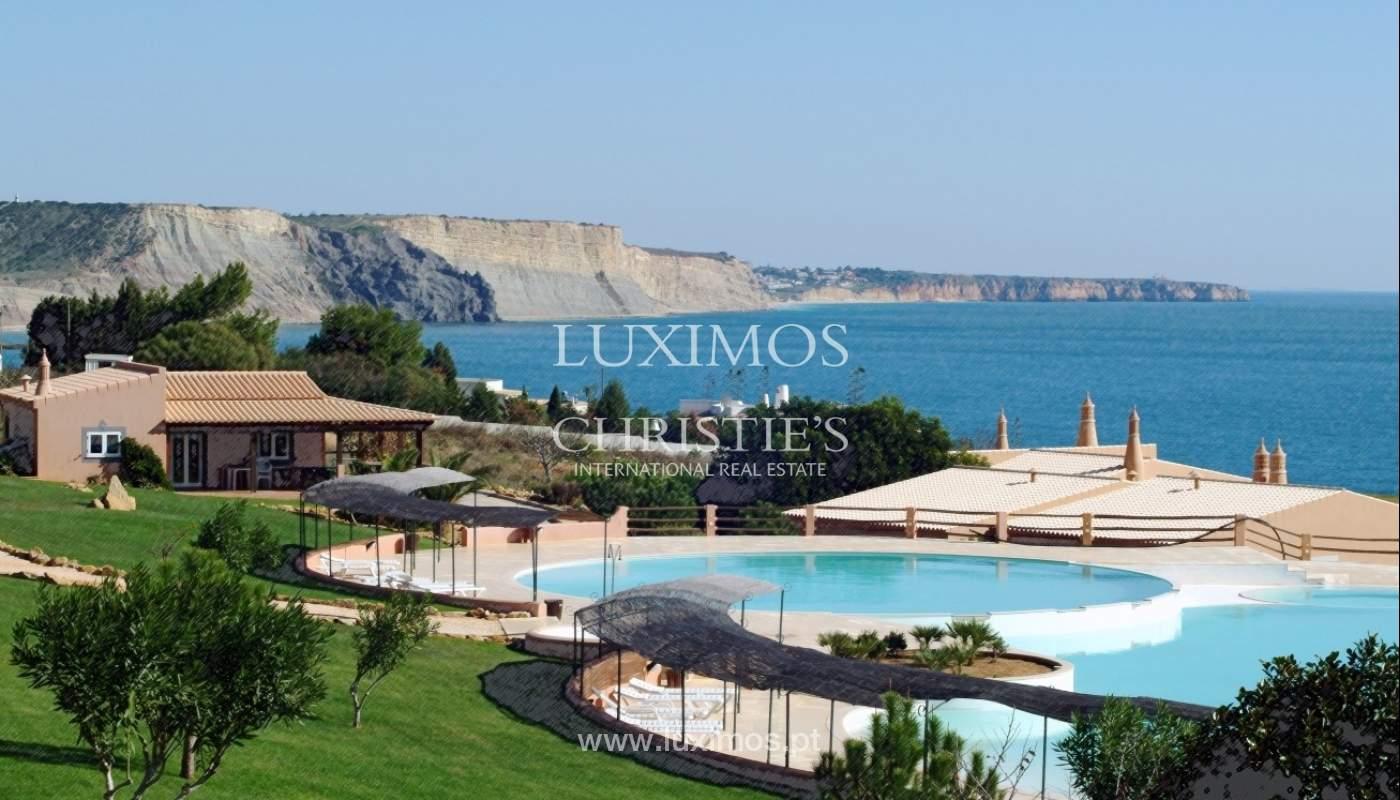 Venda de moradia com terraço, piscina e vistas mar, Lagos, Algarve_58155