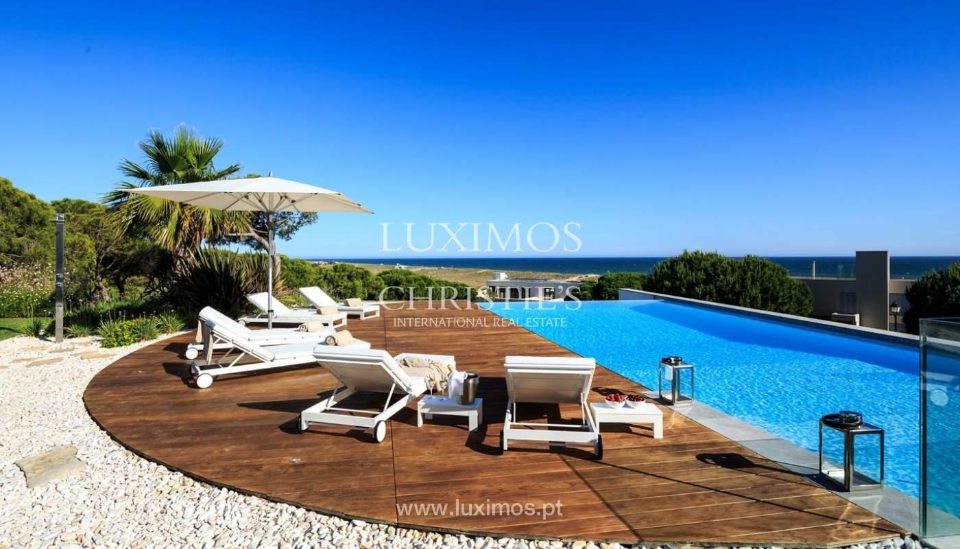 Haus zum Verkauf, Meerblick, direkter Zugang zum Strand, in Vale do Lobo, Algarve, Portugal_60253