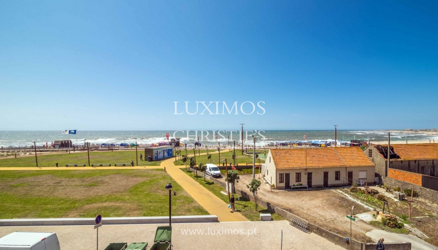 Sale of apartment w/ beach front and sea views, Póvoa Varzim, Portugal_64154