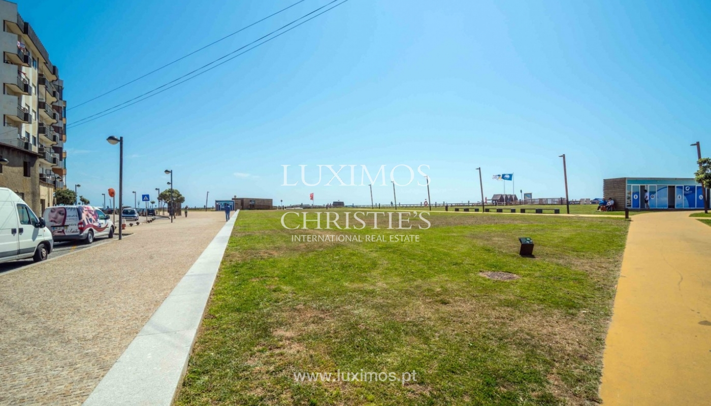 Sale of apartment w/ beach front and sea views, Póvoa Varzim, Portugal_64156