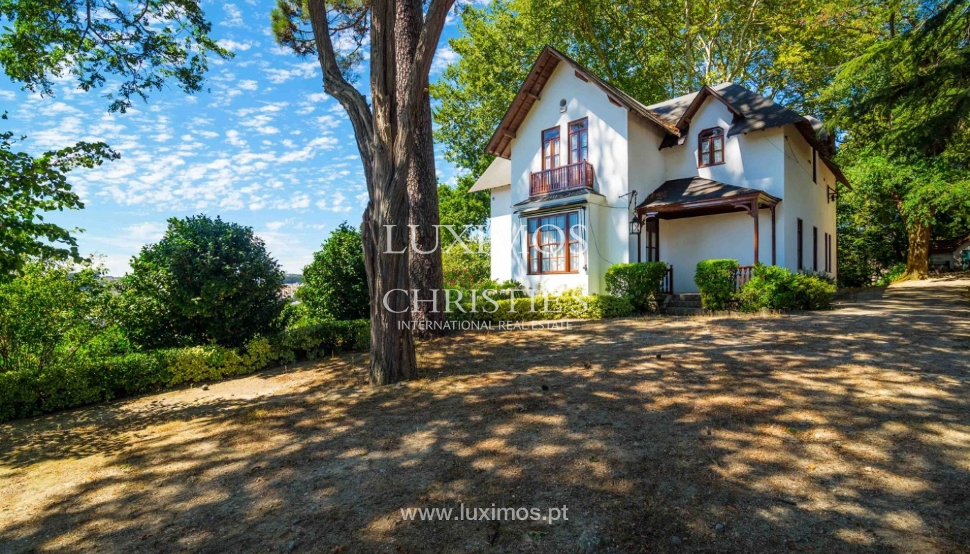 Sale of country house surrounded by garden, V. N. Famalicão, Portugal_64534