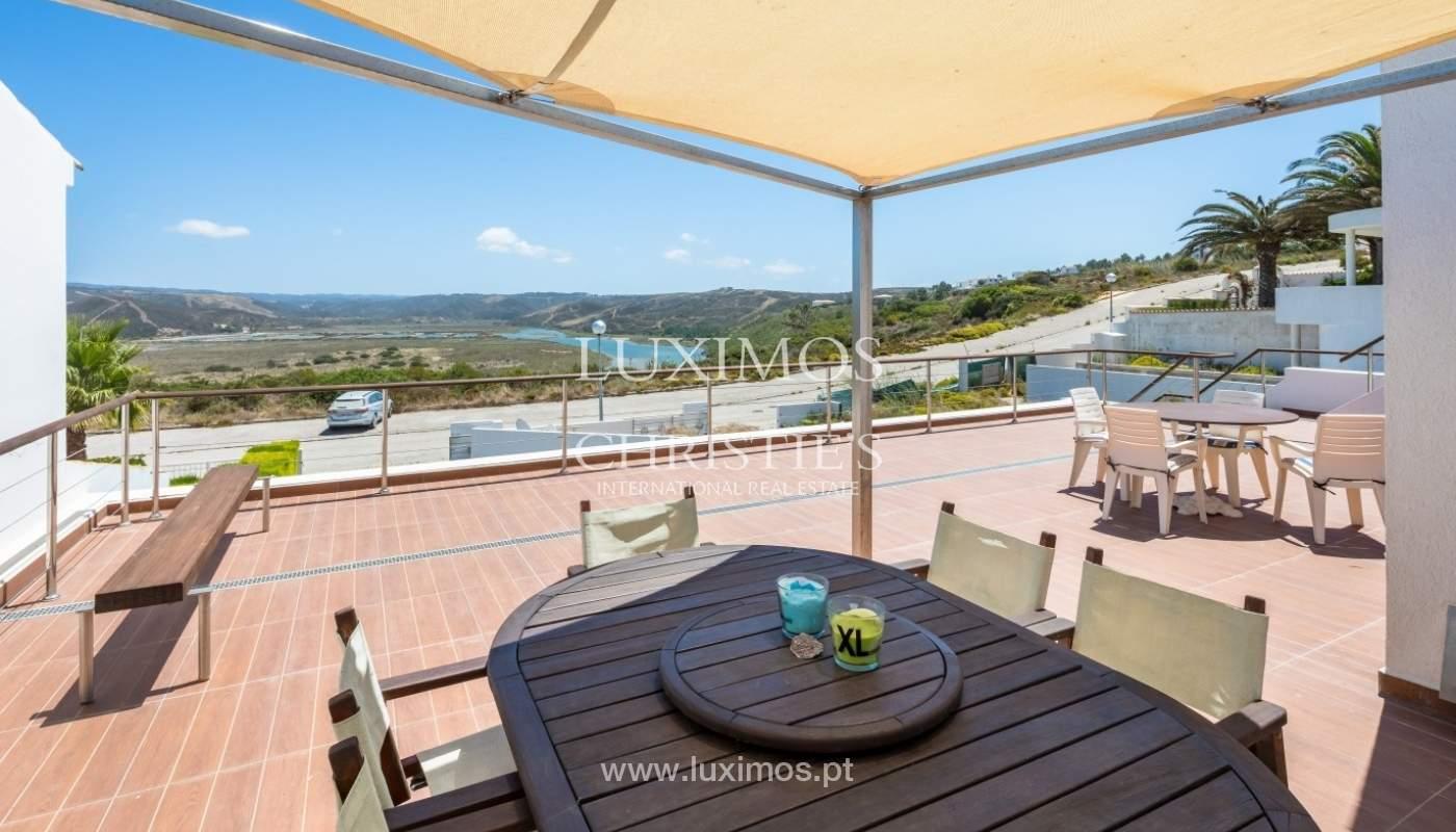 Venda de propriedade com piscina e vistas mar e rio, Aljezur, Algarve_64744