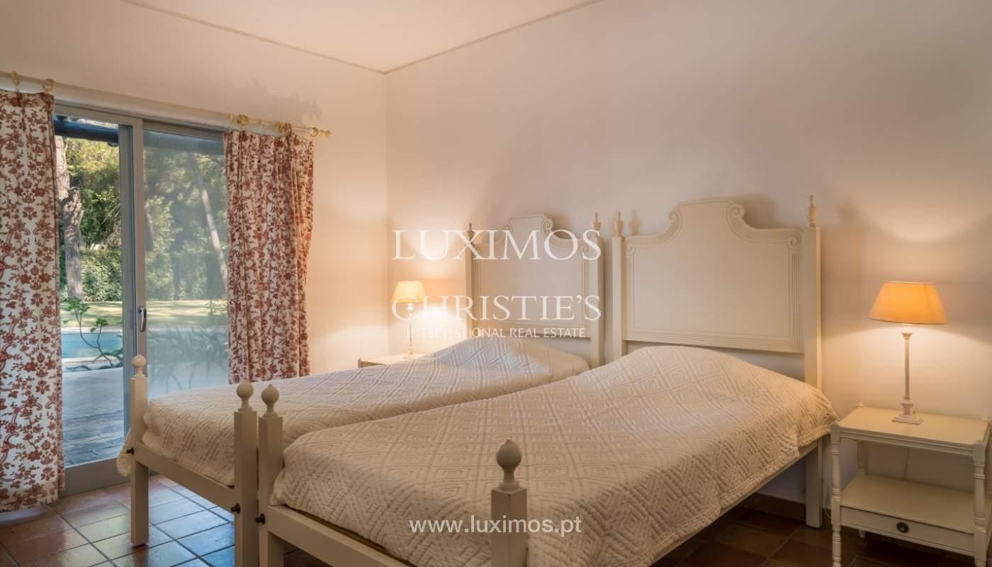 Freistehende villa zum Verkauf mit pool, in der Nähe von Strand und golf, Vilamoura, Algarve, Portugal_67341