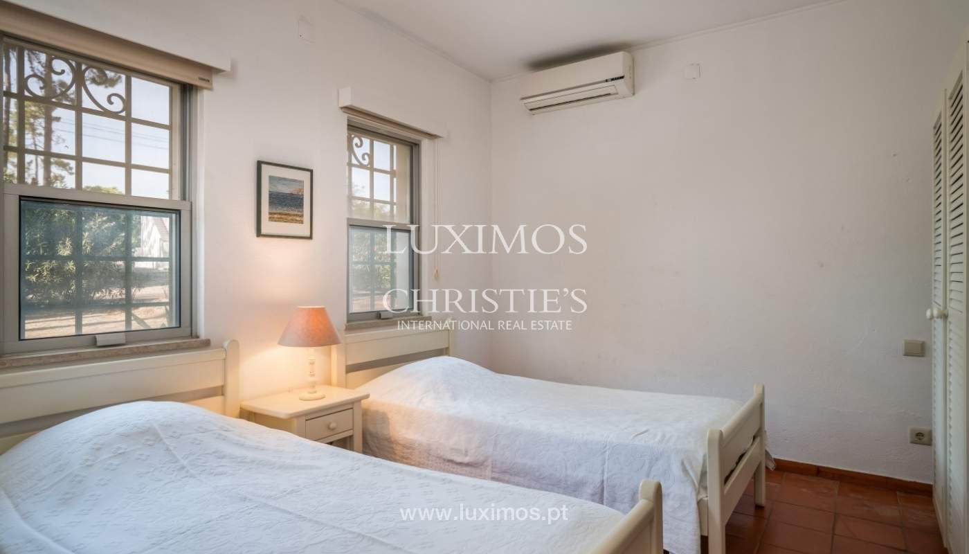 Freistehende villa zum Verkauf mit pool, in der Nähe von Strand und golf, Vilamoura, Algarve, Portugal_67346