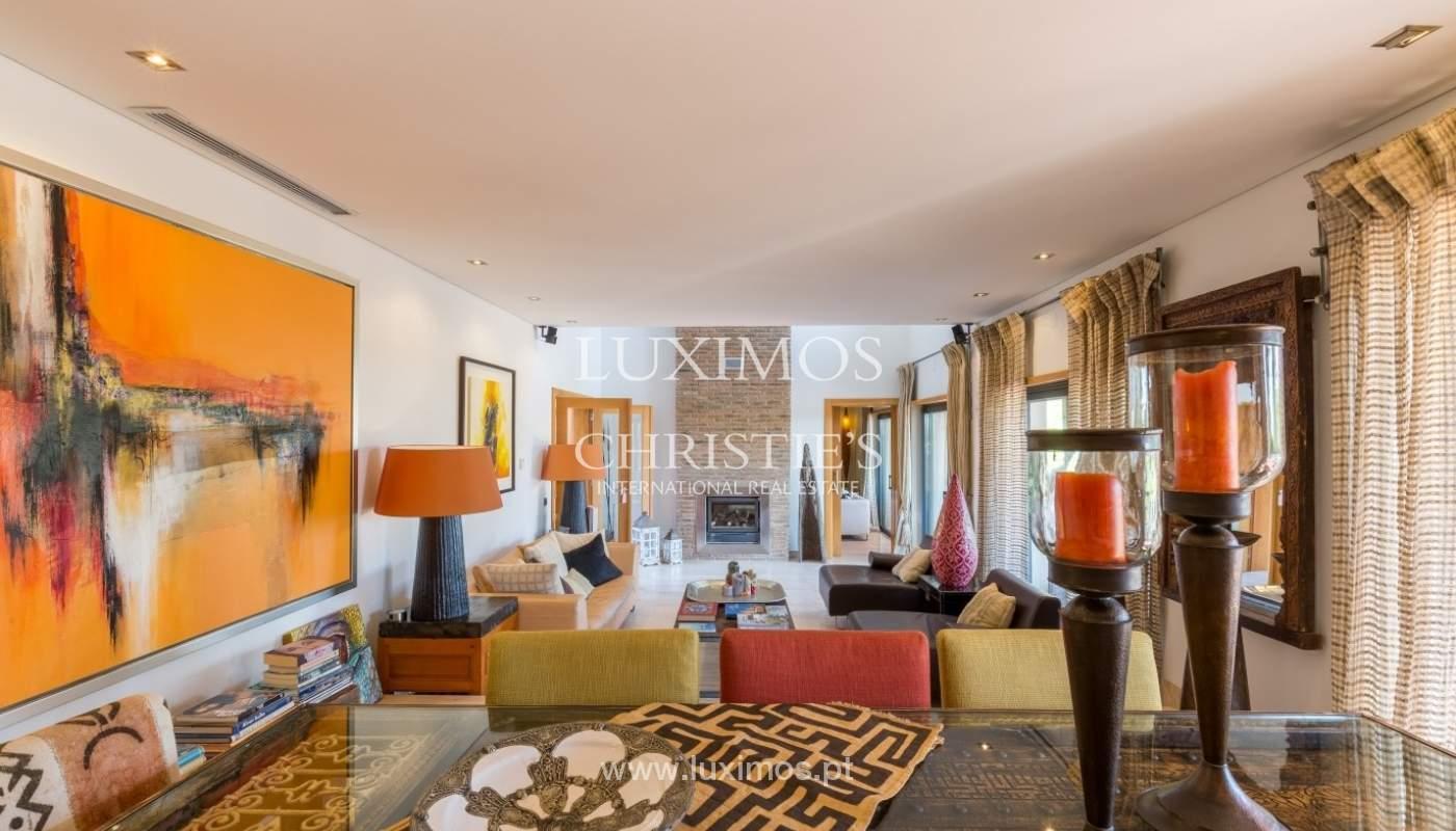 Verkauf Luxus-villa mit pool, nahe dem Meer, Quarteira, Algarve_67371
