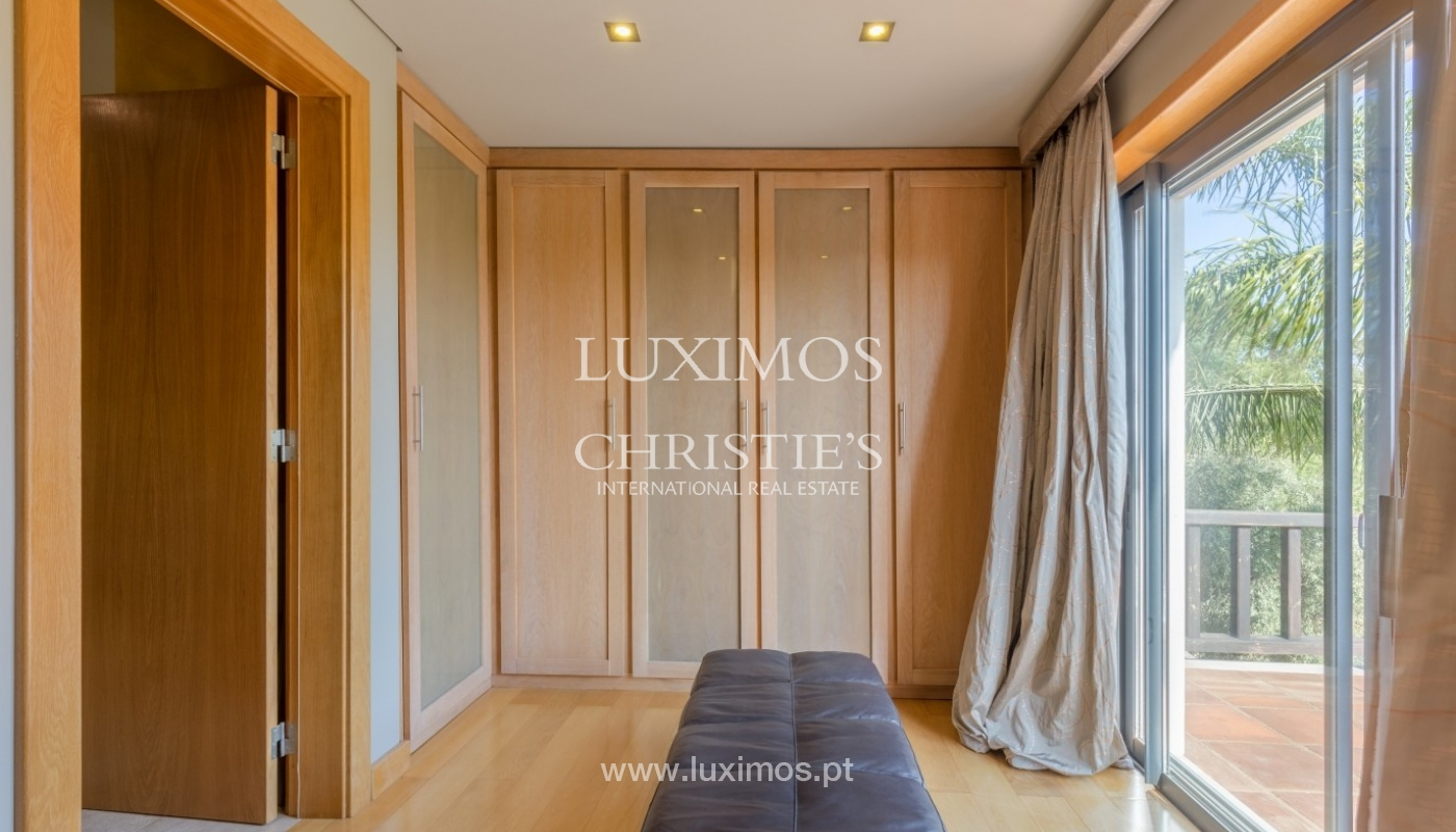 Verkauf Luxus-villa mit pool, nahe dem Meer, Quarteira, Algarve_67384
