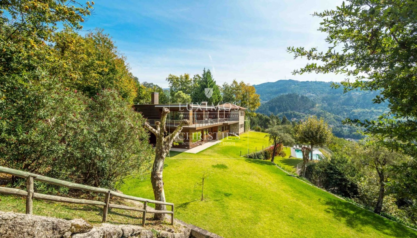 Sale of country house with river views and pool, Gerês, Portugal_68361