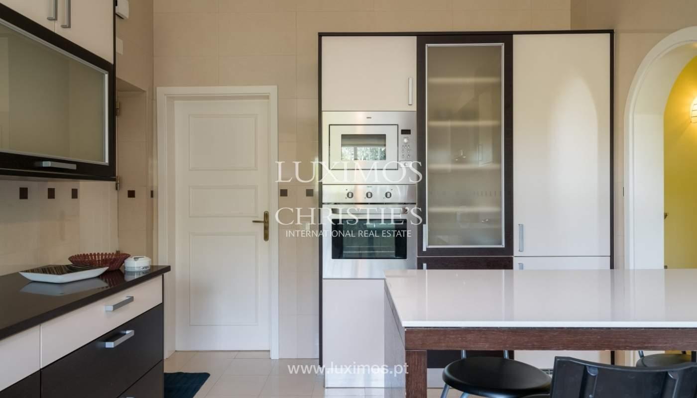 Villa à vendre avec piscine, près de la mer,Albufeira,Algarve,Portugal_68437
