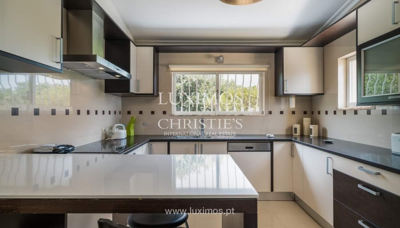 Villa à vendre avec piscine, près de la mer,Albufeira,Algarve,Portugal_68438