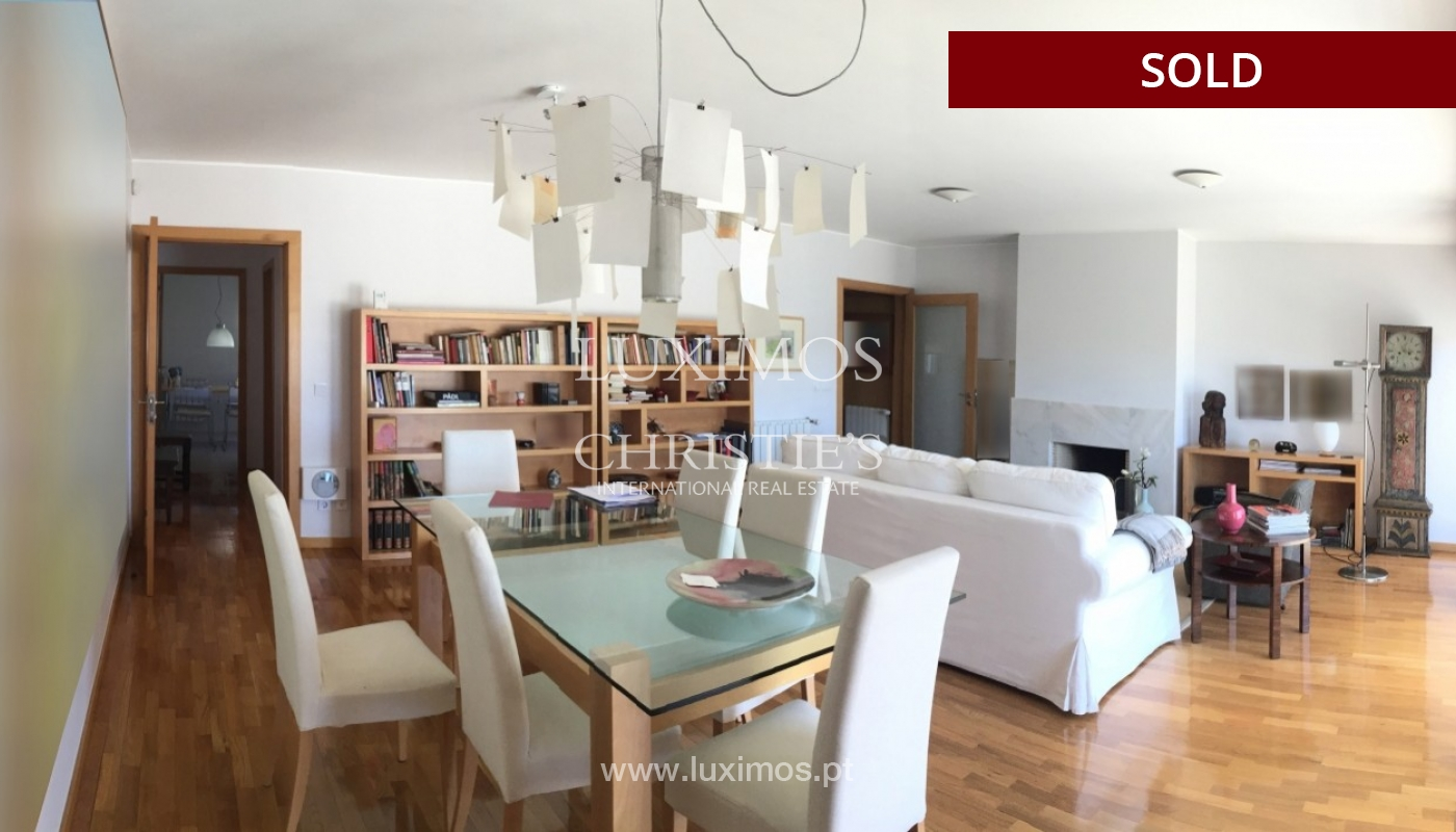 Sale of villa with outside space, Valbom, Porto, Portugal_68992
