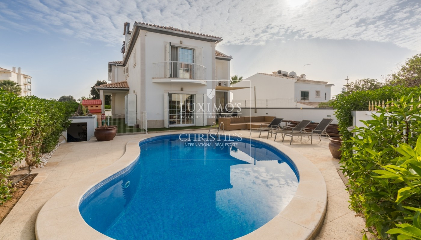 Villa for sale with pool, near the beach, Albufeira, Algarve, Portugal_69408