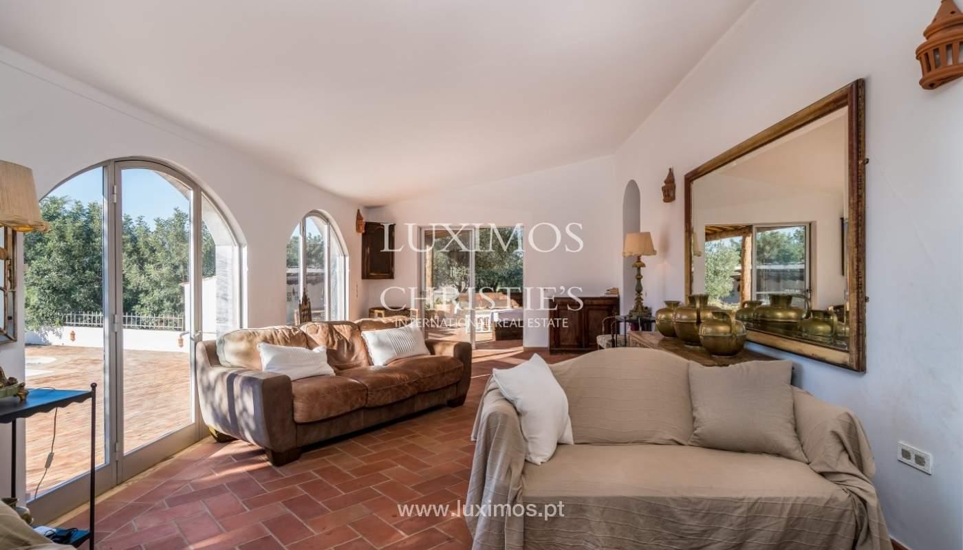 Piso en venta, piscina y tenis, Sta Bárbara de Nexe, Algarve, Portugal_70505