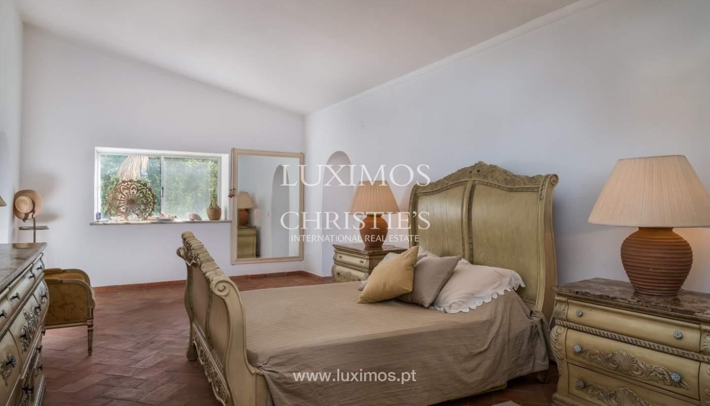 Piso en venta, piscina y tenis, Sta Bárbara de Nexe, Algarve, Portugal_70507