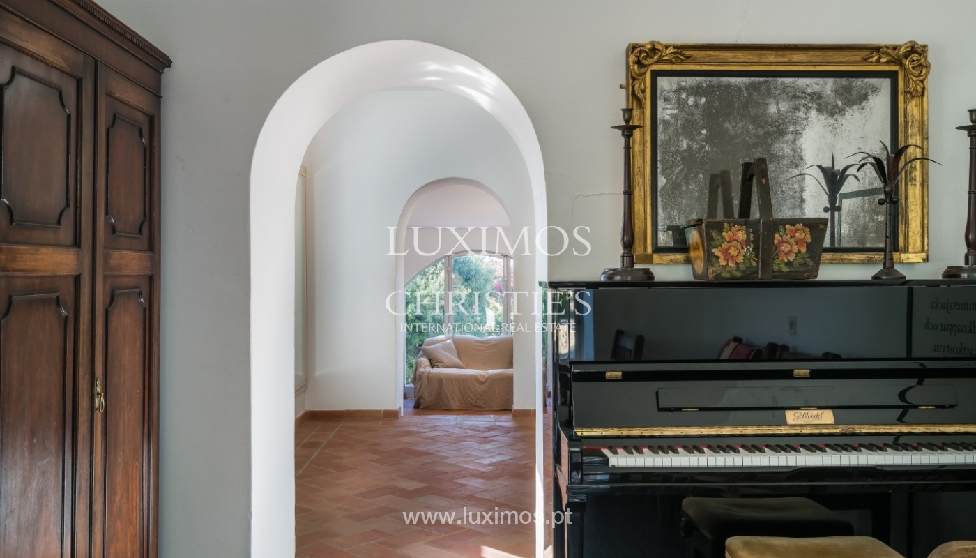 Piso en venta, piscina y tenis, Sta Bárbara de Nexe, Algarve, Portugal_70508